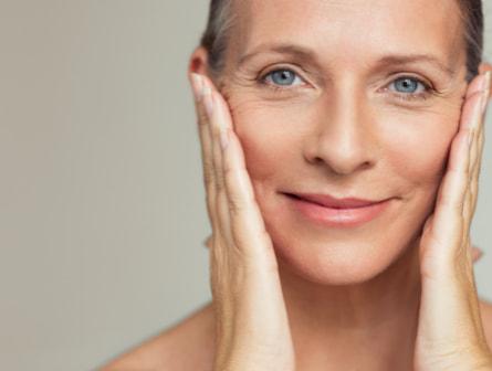 Imagen que muestra el tratamiento de criolipólisis que realizamos en nuestro centro de belleza.